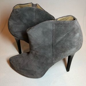 Jessica Simpson suede ankle boots Pasadena
